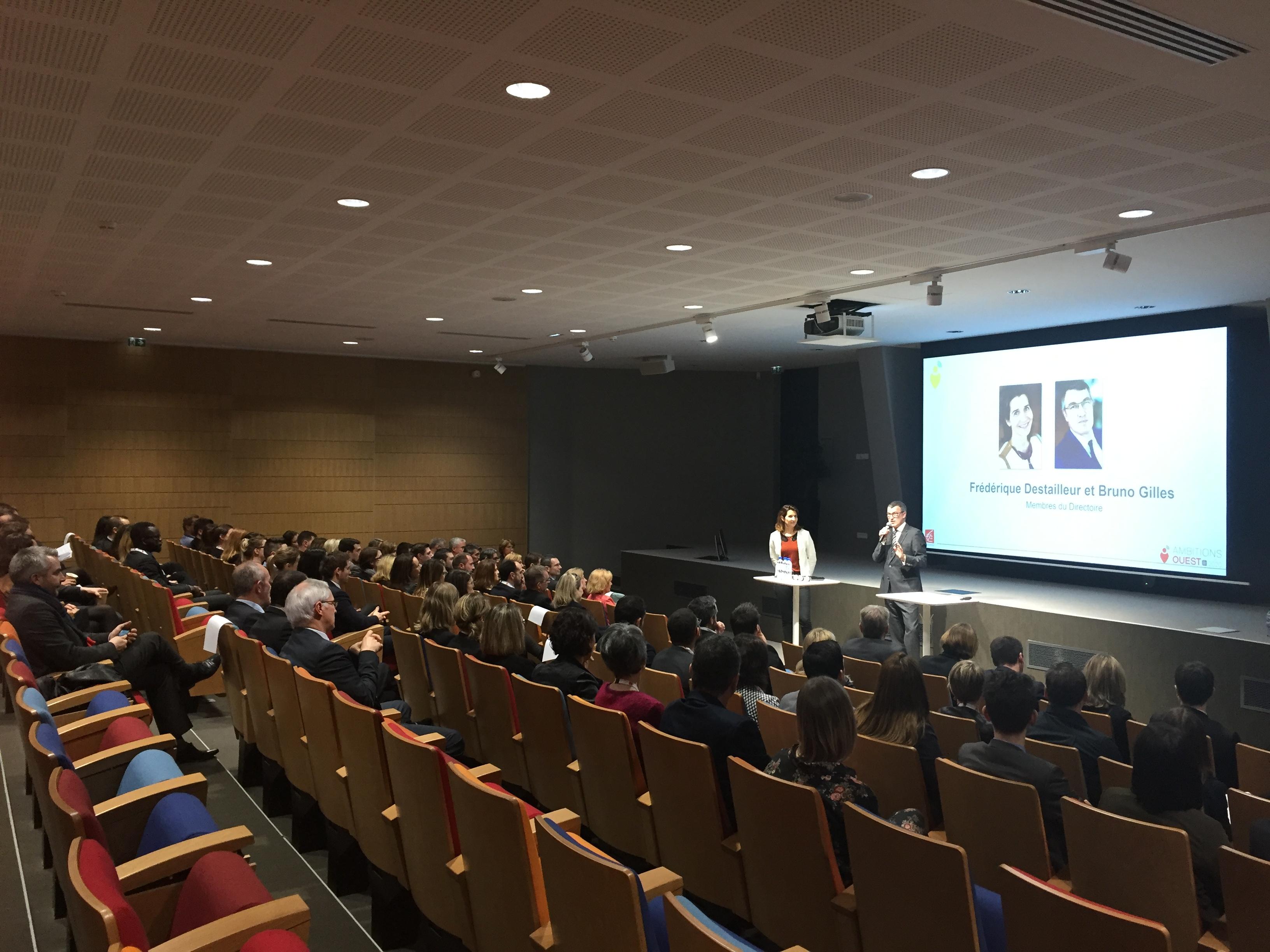 Développement personnel et conférence sur l'égalité professionnelle à la Caisse d'Epargne Bretagne Pays de Loire